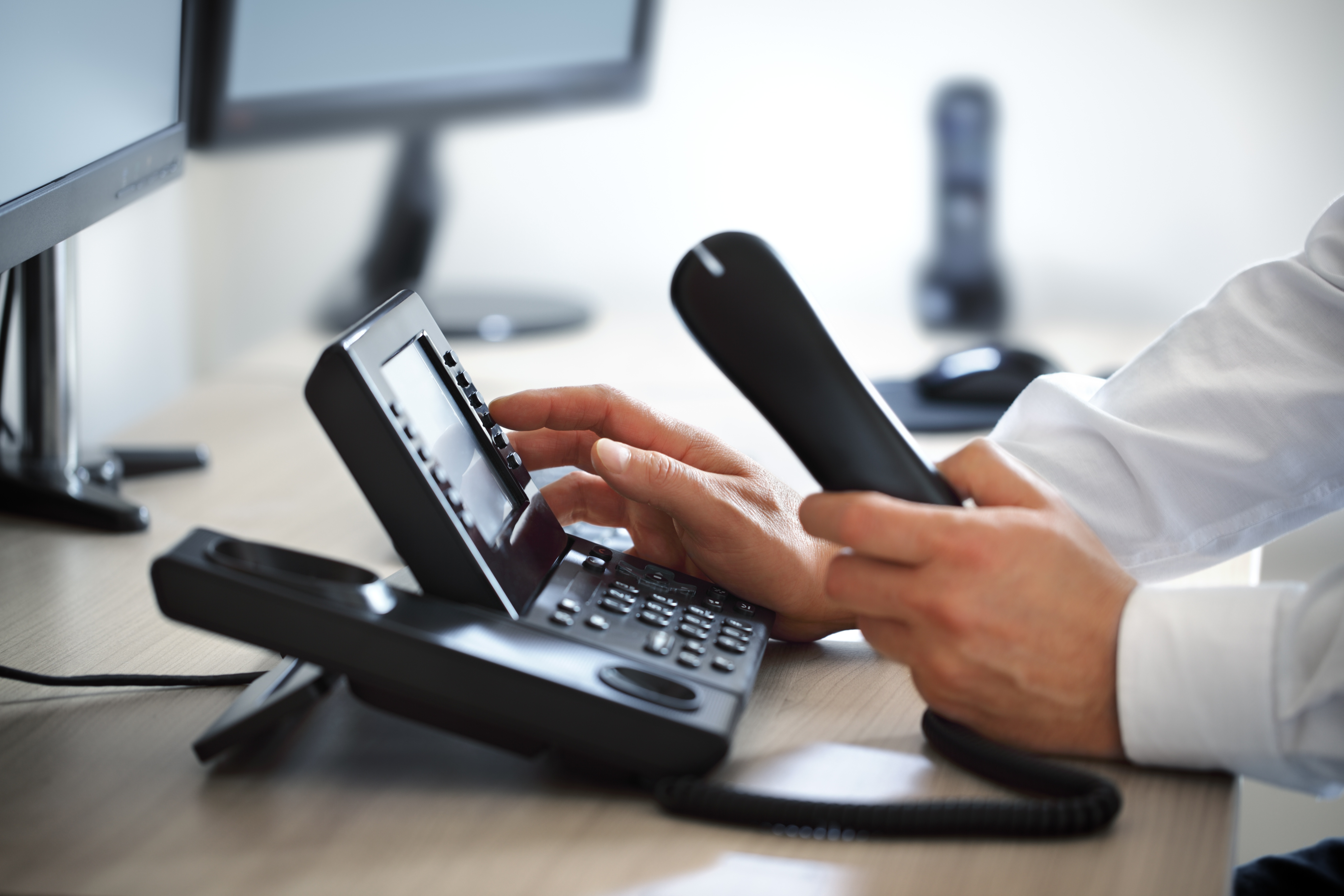 the benefits of using voip for companies